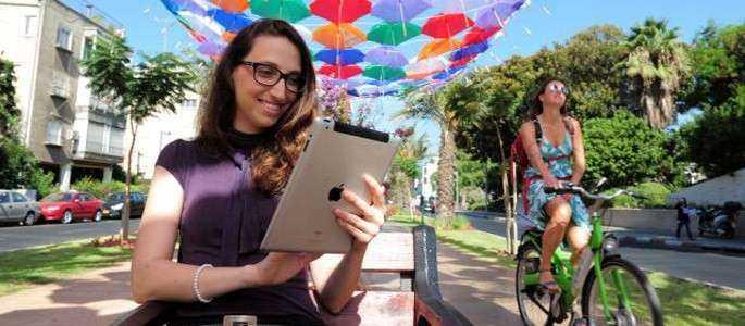 Israel dă liber la internet wi-fi gratuit, în toată ţara