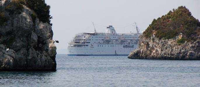 TUI încearcă extinderea sezonului de vară în Grecia