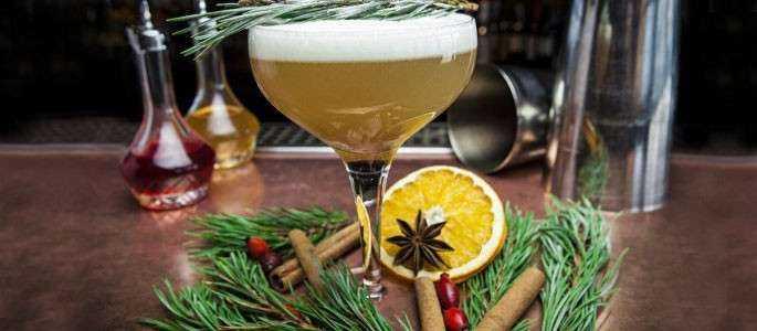 """Cocktailuri de Crăciun! Ce arome """"se poarta"""" anul acesta"""