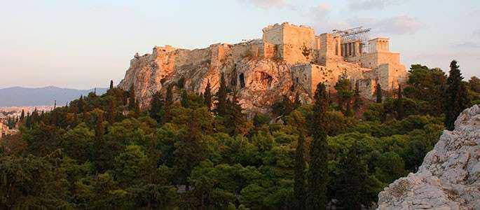 Atena, pe locul 3 în Top Destinații Europene din 2015
