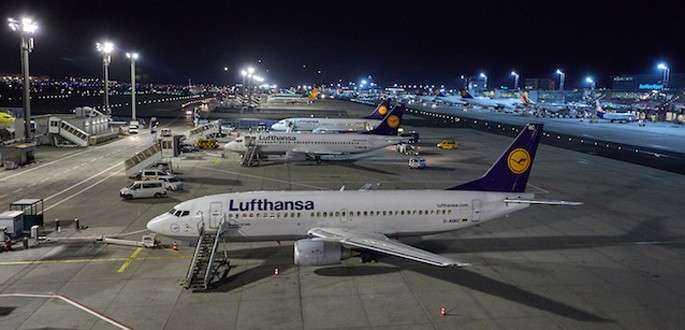 Ultimele zboruri comerciale ale flotei Lufthansa Boeing 737