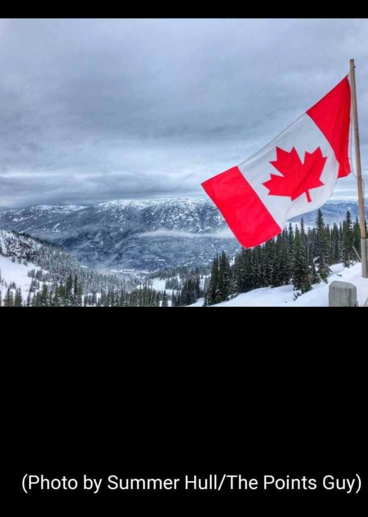 Canada redeschide granitele pentru turistii straini